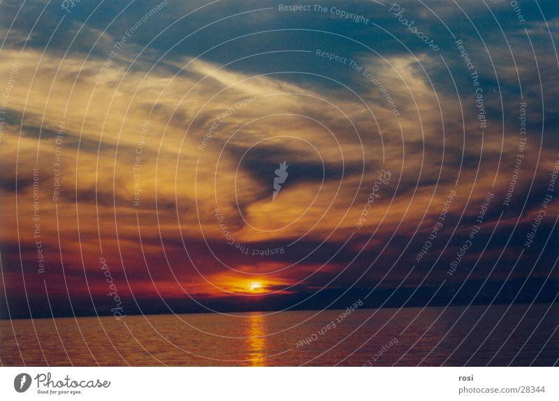 Sonnenuntergang II Wasser Meer Strand Wolken Abschied