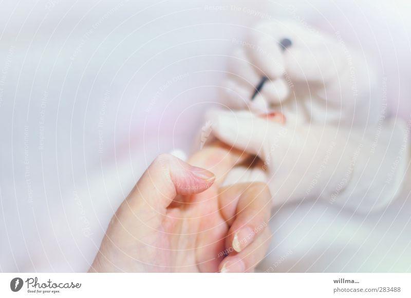 blutzucker II [gefangen in plastik] Hand Gesundheitswesen hell Finger Krankheit Krankenhaus Krankenpflege Blut Handschuhe Seniorenpflege Behandlung Bluttest klinisch Blutzucker