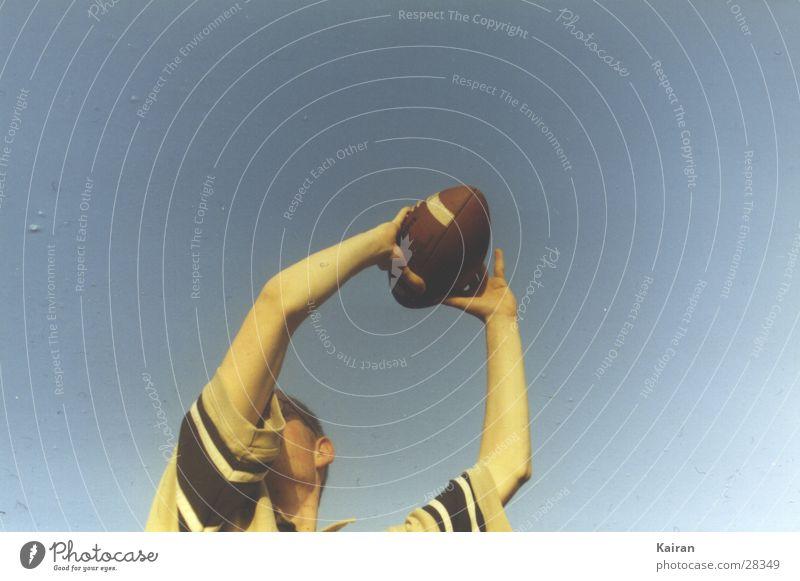 got it! American Football fangen Michaeliskirche Sommer Mensch paul football catch Himmel martin Ball