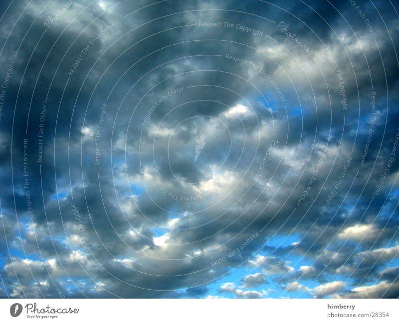 flufy sky Himmel blau Wolken Herbst Freiheit Regen Wetter Luftverkehr Klima Sturm Gewitter schlechtes Wetter Regenwolken Wetterdienst Wetterumschwung