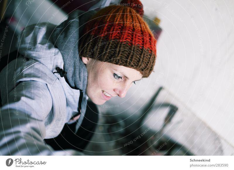 Es wird wieder kalt Mensch Frau Jugendliche schön Winter Erwachsene Gesicht Auge Junge Frau kalt feminin Leben Kopf 18-30 Jahre Mund Nase
