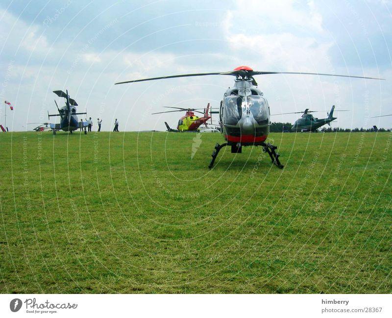 heli circus Himmel Deutschland fliegen Luftverkehr Verkehrsmittel Benzin Pilot Hubschrauber Flugplatz Motorsport Erdöl