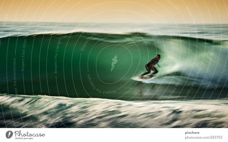 charging Wasser Sommer Meer Sport Küste außergewöhnlich Wellen Freizeit & Hobby ästhetisch Abenteuer Schönes Wetter Coolness sportlich Leidenschaft Mut Surfen