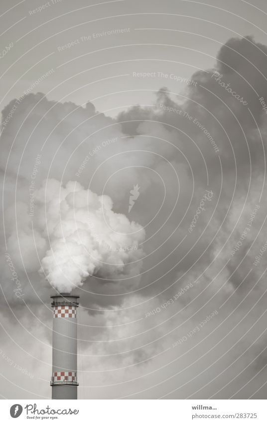 hans dampf Energiewirtschaft Schornstein Rauchen grau Umweltverschmutzung Wasserdampf Heizkraftwerk Luftverschmutzung Gedeckte Farben Außenaufnahme Menschenleer