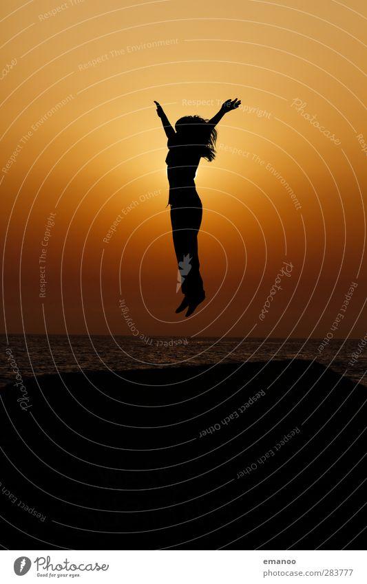 Strandkind Lifestyle Freude Freizeit & Hobby Ferien & Urlaub & Reisen Freiheit Sommer Mensch Kind Jugendliche Körper Haare & Frisuren 1 Himmel Horizont Klima