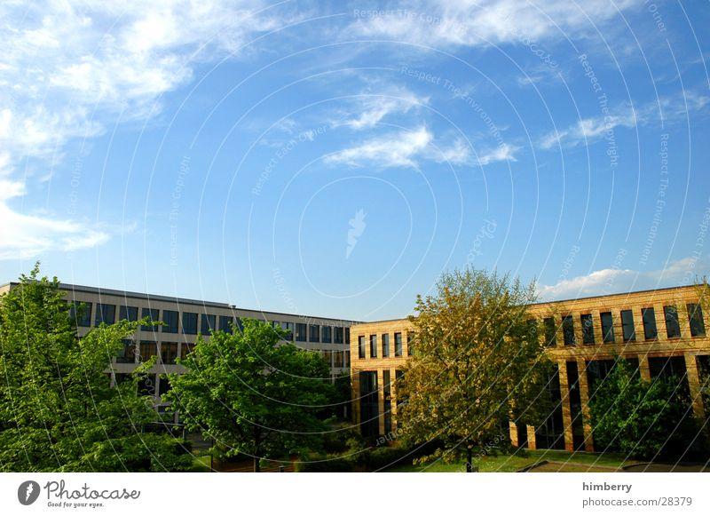industrial area Industrielandschaft Gebäude Düsseldorf Bürogebäude Arbeitsplatz Besitz Bauwerk Ausgabe modern gewerbeimmobilie liegenschaft