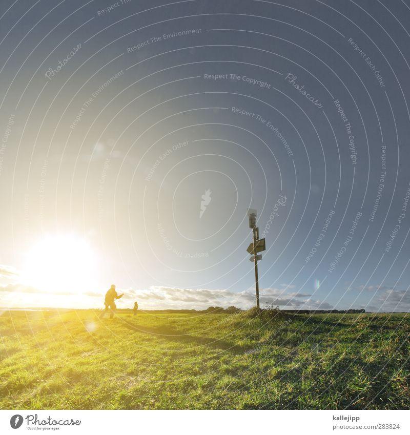 der deichgraf wandern Mensch 2 gehen Wegweiser Deich Wiese Horizont Sonnenuntergang Schleswig-Holstein Orientierung Richtung planen Navigation