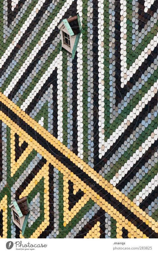 Dachfenster grün schön weiß Farbe schwarz gelb Fenster Linie Design Perspektive Streifen Dachziegel Zickzack Schindeldach
