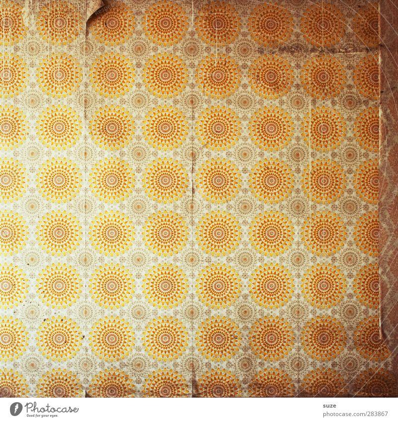 Sonnenbrand Stil Design Häusliches Leben Wohnung Dekoration & Verzierung Tapete Raum Mauer Wand alt authentisch kaputt retro rund trist trocken Wärme gelb