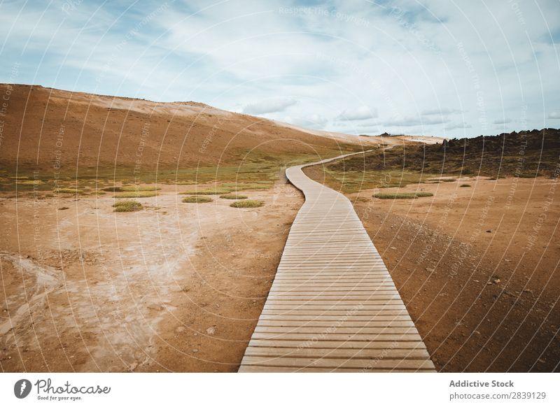 Überdachter Weg im Gelände Landschaft Mývatn Islandia Perspektive Park Natur Ferien & Urlaub & Reisen Freiheit natürlich Panorama (Bildformat) ausleeren Wüste