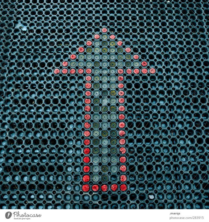 Vorwärts Design Karriere Erfolg Kunststoff Zeichen Schilder & Markierungen Pfeil oben rot schwarz Fortschritt Zukunft Ziel Beginn Farbfoto Außenaufnahme