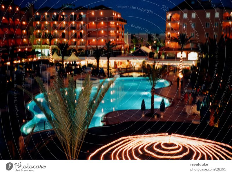 All Inklusive Hotel Nacht Schwimmbad Ferien & Urlaub & Reisen Palme Langzeitbelichtung Alkoholisiert Europa Grand Canaria Licht