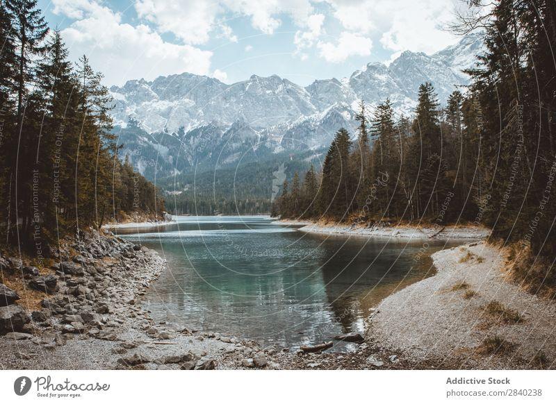 Wasser- und Bergstrom Landschaft Berge u. Gebirge strömen Nebel Natur Ferien & Urlaub & Reisen Panorama (Bildformat) Gipfel Reichweite Fluss Umwelt Freiheit