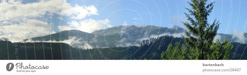Fensterblick Wolken Wald Panorama (Aussicht) Baum Bundesland Tirol Berge u. Gebirge groß Panorama (Bildformat)