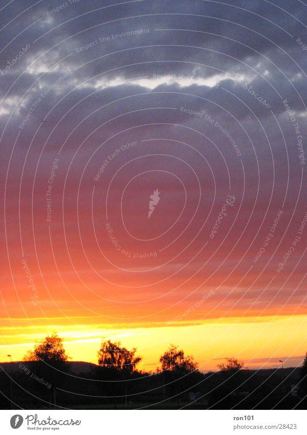 swiss sunset II Sonnenuntergang Wolken rot Himmel blau orange