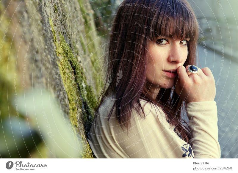 Das tue ich. Mensch feminin Junge Frau Jugendliche Erwachsene 1 18-30 Jahre Gefühle Tapferkeit selbstbewußt Coolness Kraft Ring Haare & Frisuren Pferdeschwanz