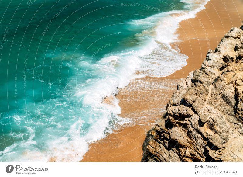 Ozeanwellen quetschen an wunderschönem Strandufer Ferien & Urlaub & Reisen Tourismus Sommer Sommerurlaub Sonne Meer Insel Wellen Natur Landschaft Sand Wasser