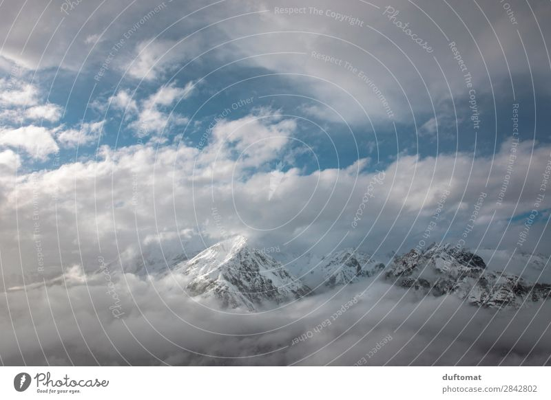 Durchblick Erholung Ausflug Abenteuer Ferne Freiheit Winter Schnee Berge u. Gebirge wandern Skifahren Umwelt Natur Landschaft Urelemente Himmel Wolken
