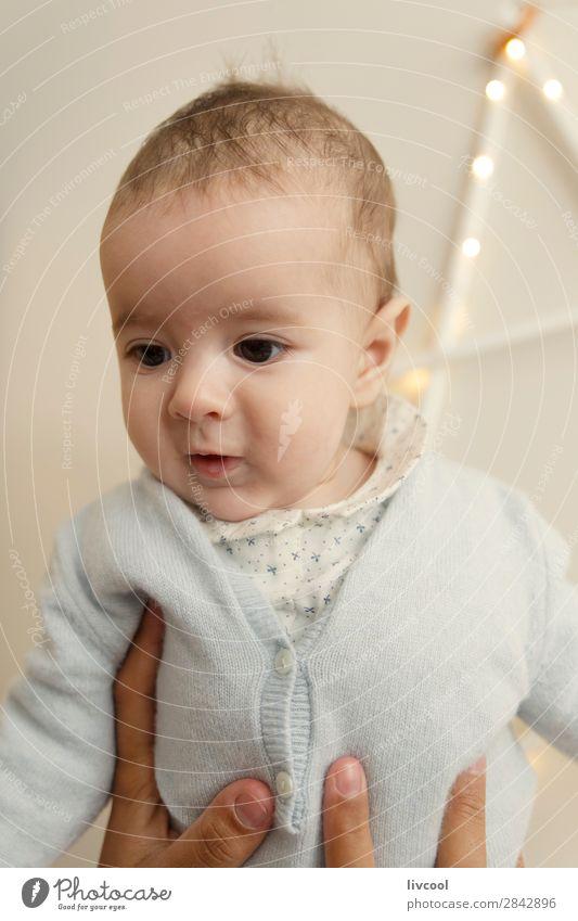 cooles Baby Mensch maskulin Junge Kindheit Kopf Gesicht Auge Ohr Nase Mund Lippen 1 0-12 Monate Coolness Glück schön klein natürlich blau braun Gefühle