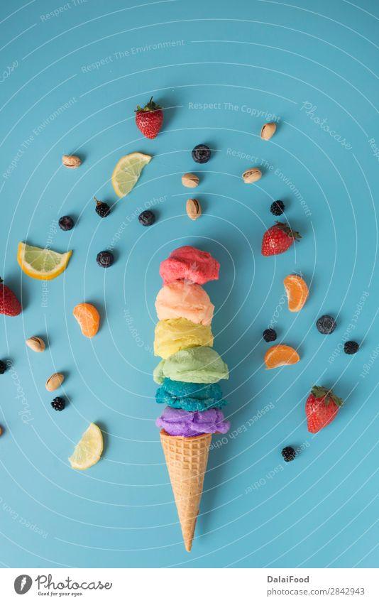 Eis für die lgbt Party Speiseeis Glück Freiheit Sommer Feste & Feiern Publikum Mensch Homosexualität Hand Herz Fahne Liebe blau Stolz gleich Hintergrund