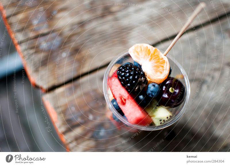 Obstdiversitäten | Gefangen in Plastik Lebensmittel Frucht Mandarine Kirsche Brombeeren Kiwi Blaubeeren Wassermelone Ernährung Picknick Bioprodukte