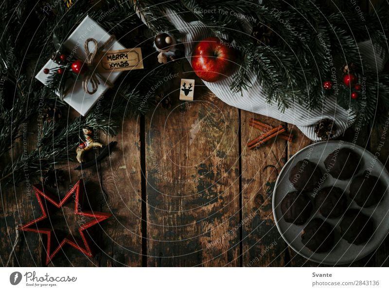 Draufsicht auf die Weihnachtsdekoration elegant Stil Innenarchitektur Feste & Feiern Weihnachten & Advent Holz ästhetisch Plätzchen Apfel Geschenk