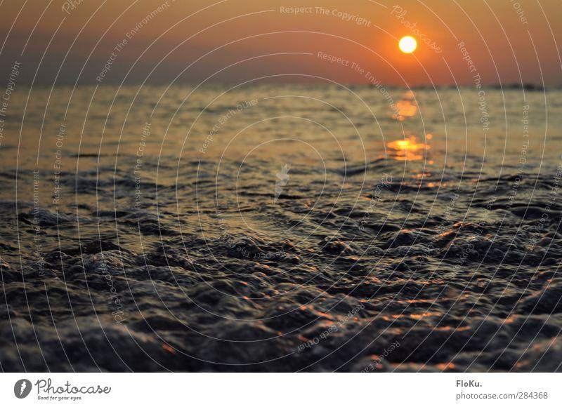 die Nordsee blubbert abends Ferien & Urlaub & Reisen Ferne Freiheit Sommer Meer Wellen Umwelt Natur Urelemente Wasser Himmel Sonnenaufgang Sonnenuntergang