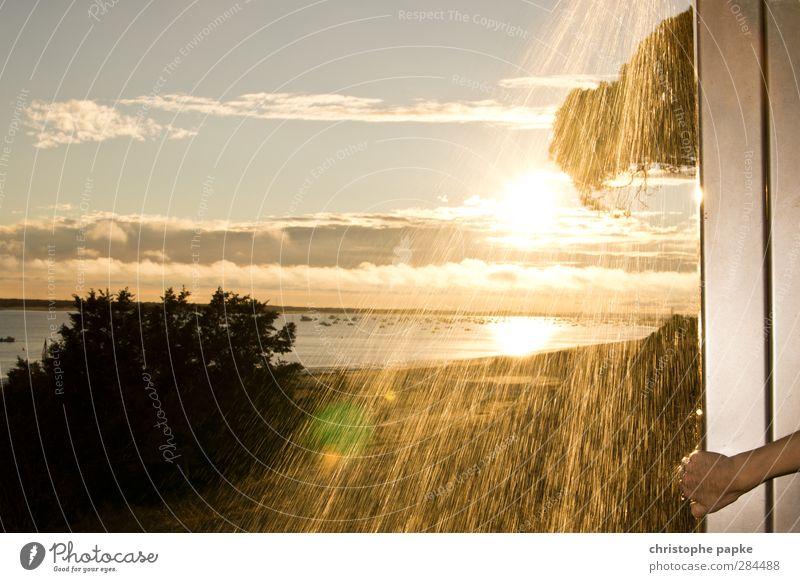 Dusche mit Ausblick Ferien & Urlaub & Reisen Wasser Sommer Sonne Meer Strand Freiheit Schwimmen & Baden glänzend Schönes Wetter Wellness Bucht Sommerurlaub