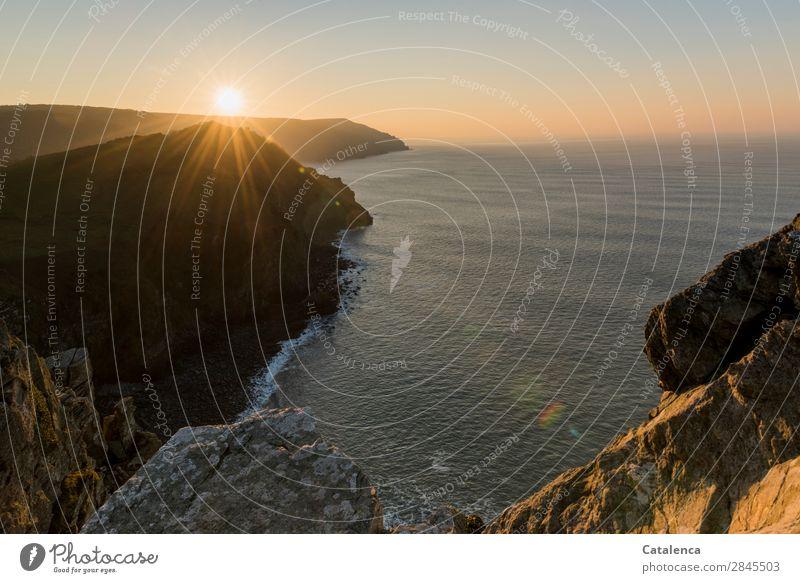 Die letzten Sonnenstrahlen Ferien & Urlaub & Reisen Ausflug Freiheit wandern Landschaft Urelemente Wolkenloser Himmel Horizont Sonnenlicht Winter Schönes Wetter