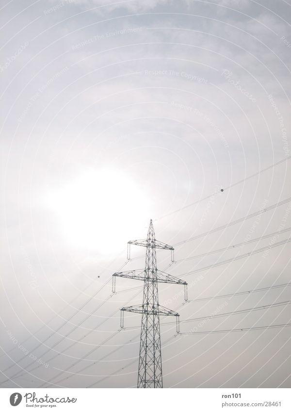 power grau Kraft Elektrizität Technik & Technologie Stahl Strommast Leitung Elektrisches Gerät Starkstrom