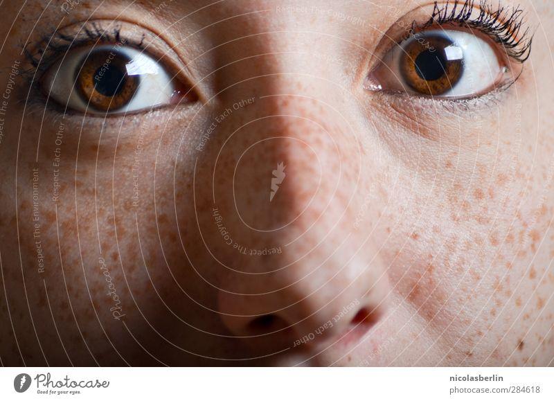 MP42 - Black Coffee, No Sugar, No Cream Mensch Jugendliche Junge Frau 18-30 Jahre Gesicht Erwachsene Auge Gefühle natürlich feminin braun wild verrückt Nase