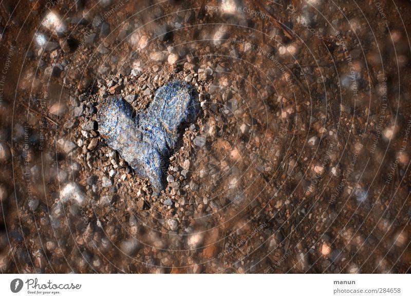 Herz aus Stein Natur Liebe Gefühle Traurigkeit natürlich Erde authentisch Urelemente Coolness Boden einfach Romantik Zeichen Wut