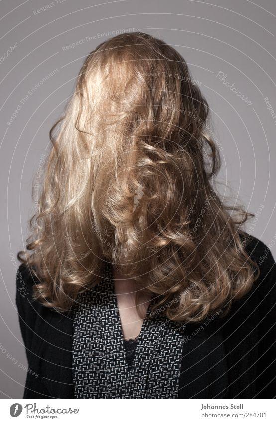 Haare Krishna III Mensch schön Freude feminin Haare & Frisuren träumen Behaarung blond Locken langhaarig Punk Identität Rätsel Perücke Verschwiegenheit