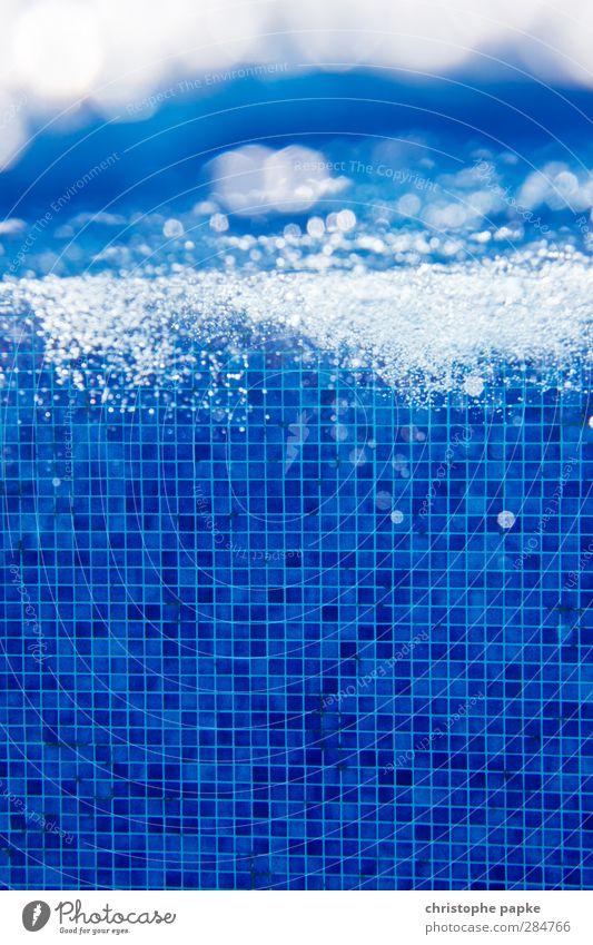 Struktur und Chaos Schwimmen & Baden Ferien & Urlaub & Reisen Sommerurlaub Schwimmbad Luft Wasser Flüssigkeit glänzend kalt nass blau Unterwasseraufnahme