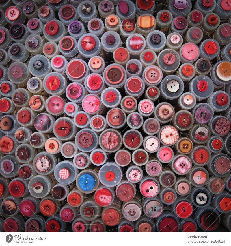 knopfmosaik rot Mode Arbeit & Erwerbstätigkeit rosa Design verrückt Bekleidung rund Kunststoff Zusammenhalt Kugel Handwerk Handel Knöpfe Accessoire Basteln
