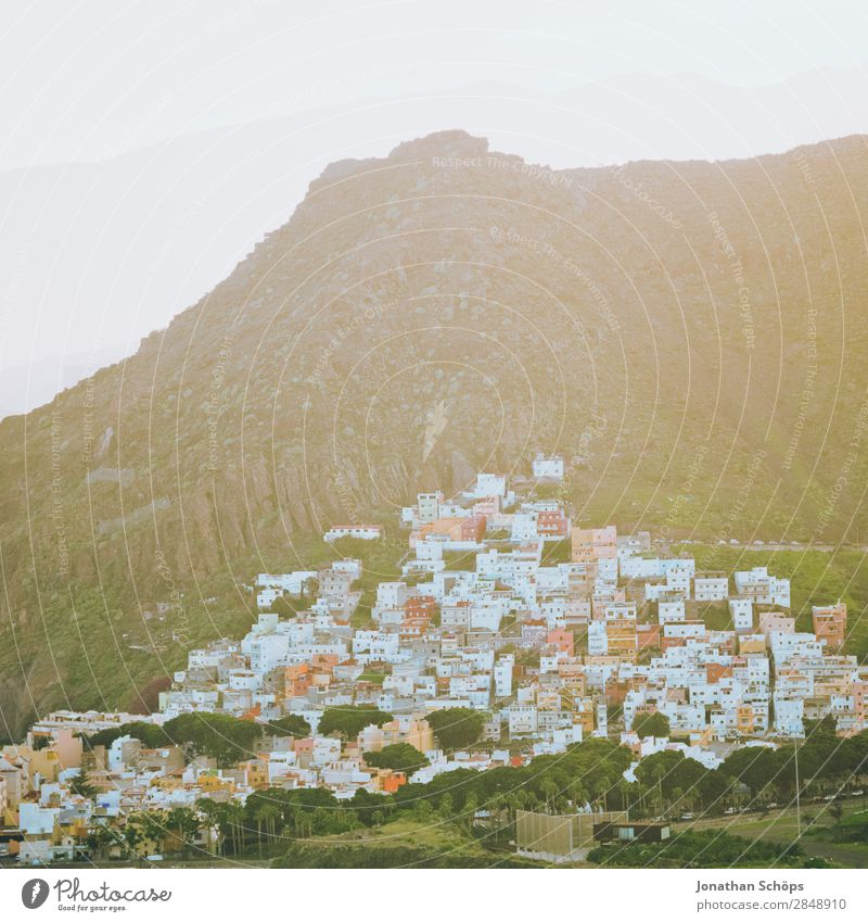 Häuser in San Andrés, Santa Cruz de Tenerife, Teneriffa Natur Landschaft Himmel Sonne San Andres Santa Cruz de Teneriffa Kanaren Reisefotografie