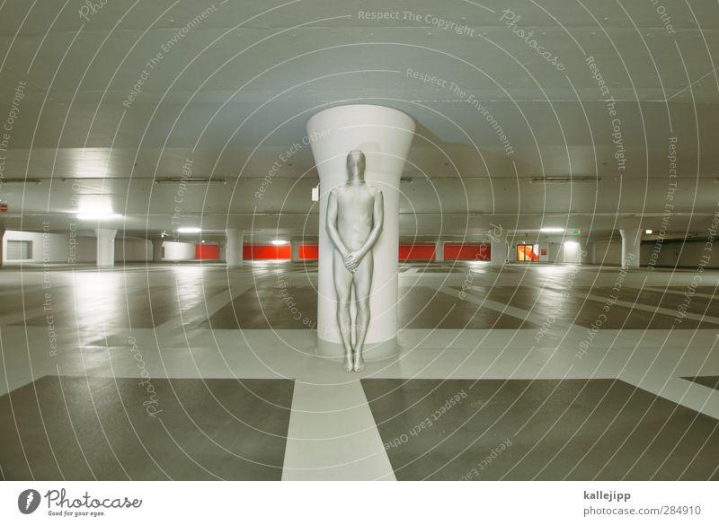 parkhauswächter Mensch maskulin Körper Parkhaus stehen Statue anonym silber held Comicfigur Tierhaut ruhig Futurismus grau Farbfoto Innenaufnahme Kunstlicht