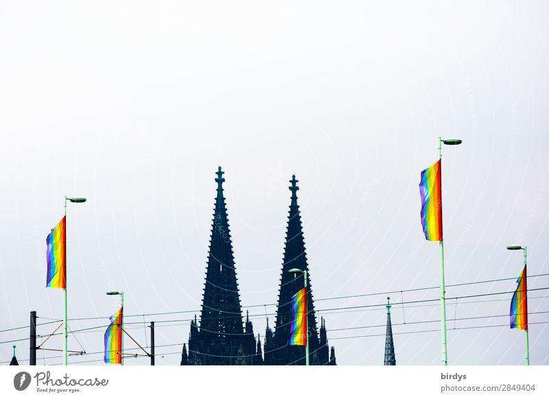 CSDay in Köln Freude Ferien & Urlaub & Reisen Christopher Street Day Veranstaltung Wind Dom Turm Wahrzeichen Kölner Dom Regenbogenflagge Zeichen Fahne