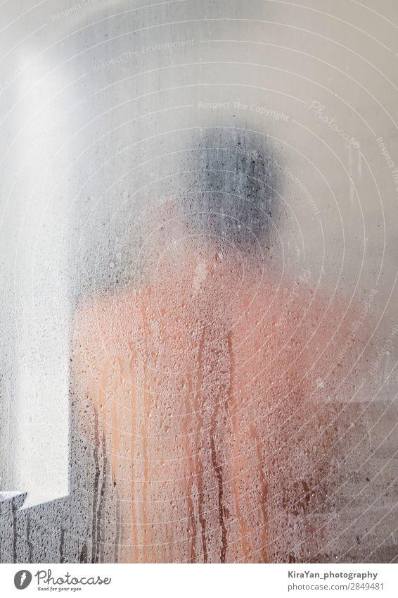 Silhouette eines erwachsenen Mannes in der Duschkabine Lifestyle Design Glück Haut Spa Spiegel Bad Mensch Erwachsene Hütte Tropfen Fitness Erotik heiß modern
