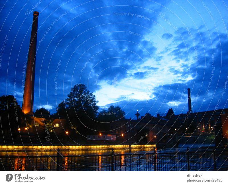 Tampere (Finnland) by night Nacht Stadt festlich Europa Schornstein