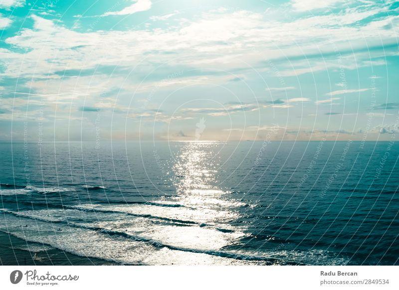 Schöner Meerblick auf den Ozean an der Algarve, Portugal Ferien & Urlaub & Reisen Abenteuer Ferne Freiheit Expedition Sommer Sommerurlaub Strand Insel Wellen
