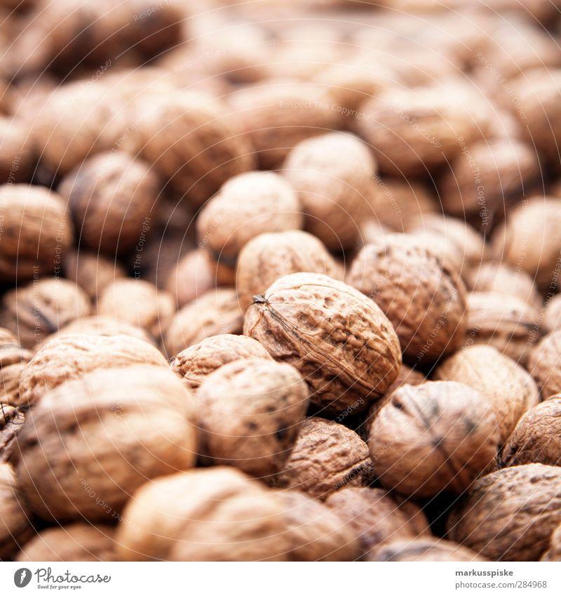 Walnuss - Juglans regia braun Lebensmittel kaufen viele Ziffern & Zahlen trocken Duft Bioprodukte Picknick Vegetarische Ernährung Nutzpflanze Nuss Wildpflanze