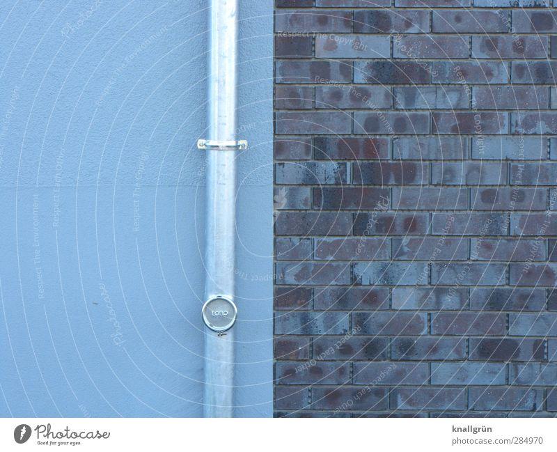 Bauherrenmodell Haus Einfamilienhaus Traumhaus Gebäude Architektur Mauer Wand Fassade Fallrohr Backstein neu Stadt blau grau silber Beginn Farbe planen Wert