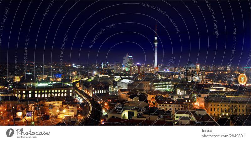 Berlin at Night Berliner Fernsehturm Berlin-Mitte Deutschland Europa Hauptstadt Stadtzentrum Skyline Menschenleer Haus Hochhaus Kirche Dom Palast Bauwerk