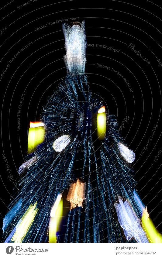 x-plosion Weihnachten & Advent Baum Stadt Stadtzentrum Sehenswürdigkeit Dekoration & Verzierung Kerze Zeichen Ornament Feste & Feiern leuchten gigantisch groß