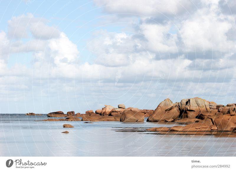 eine lange Geschichte Himmel Natur Ferien & Urlaub & Reisen Wasser Meer Landschaft ruhig Wolken Ferne Umwelt Gefühle Küste Zeit Felsen Horizont Zufriedenheit