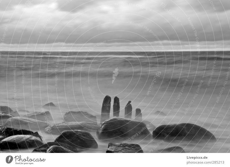 1,2,3,4 Himmel Natur Wasser Strand Wolken Landschaft schwarz Umwelt Küste Holz grau Stein Wellen Wind Ostsee toben