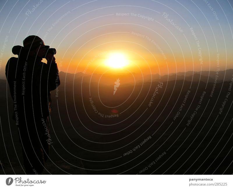 Sonnenaufgang am Berg Sinai Mensch Natur Ferien & Urlaub & Reisen Sonne ruhig Landschaft Ferne Berge u. Gebirge Leben Freiheit Horizont Freizeit & Hobby Fotografie Erfolg wandern Abenteuer