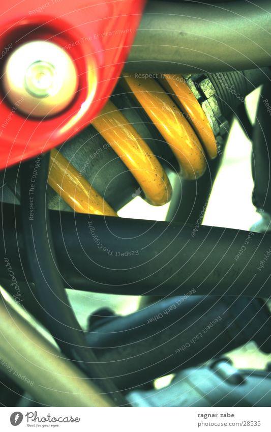 feder rot gelb Verkehr Geschwindigkeit Feder Motorrad Italiener