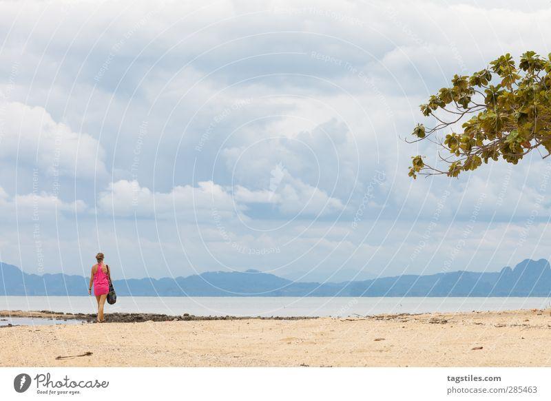 Thailand - Ko Po - Krabi Frau Natur Ferien & Urlaub & Reisen Wasser Meer Strand Landschaft Küste Freiheit Sand Reisefotografie wild Tourismus Idylle Bucht